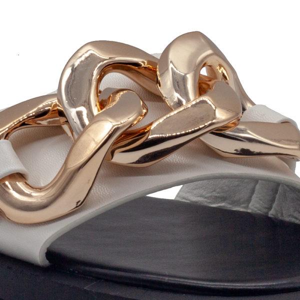 Sandalia de pala con cadenas