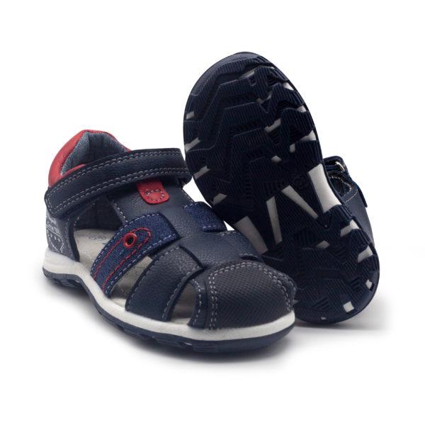 Sandalia de niño sintética con solapa y velcro