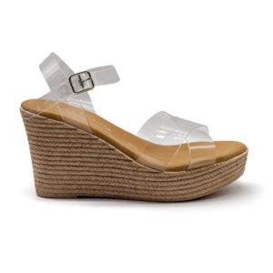 Sandalia de cuña con tiras de vinilo y pulsera con hebilla