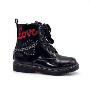 Bota de niña LOVE militar con cadena de adorno en el lateral